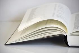 Holokauszt kötetek